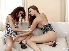 Lesbian, Pussy